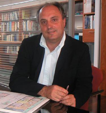 Diego Estévez   Arquitecto - codirector