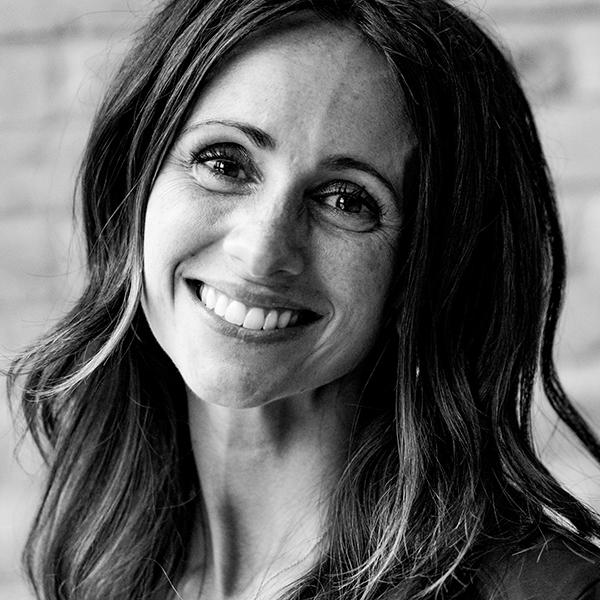 Sarah Kraushaar, Relationship Manager