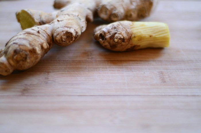 fresh-ginger-for-rajovilla-chai.jpg