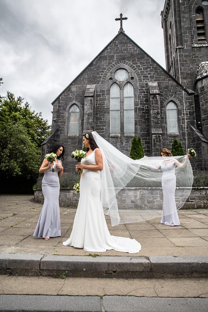 Michelle & David Radisson Blu Hotel & Spa Limerick. Monaleen Church, Bouquets