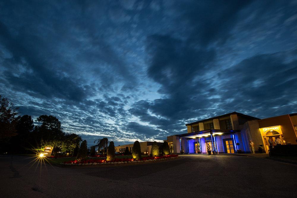 IMG_3107.jpgMichelle & David Radisson Blu hotel & Spa Limerick Wedding reception 4.8.2018.