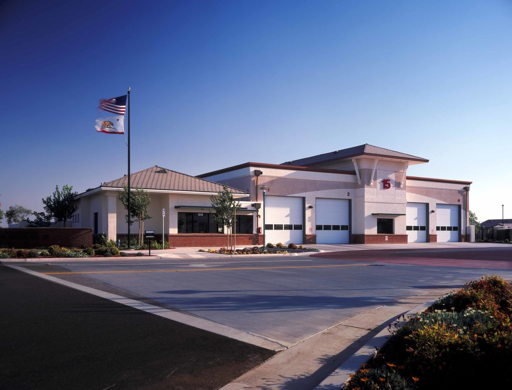 BAKERSFIELD FIRE STATION AND POLICE STATION NO.15