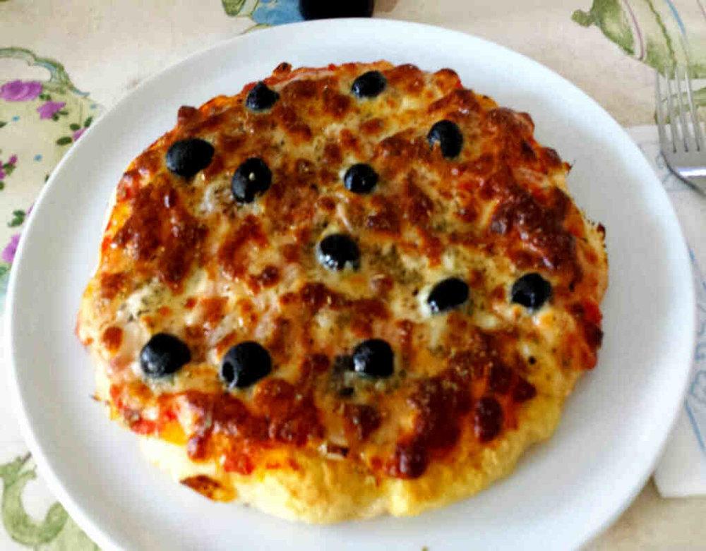 Tonno, Cipolle e Olive 6.00€