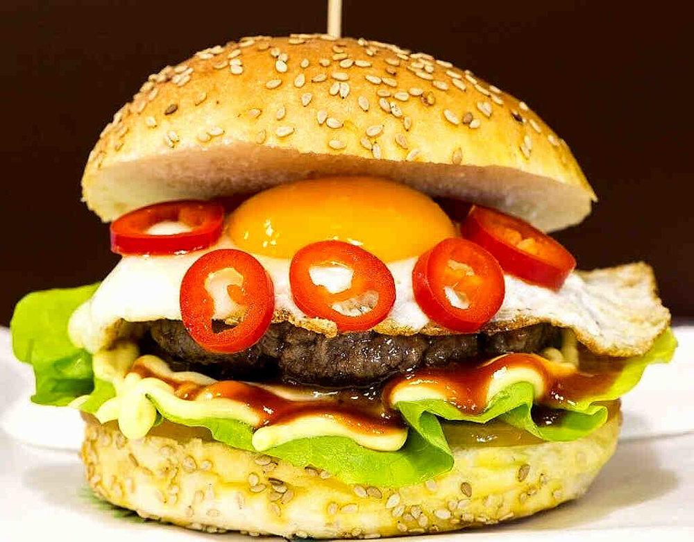 Ivys Burger 14.00€