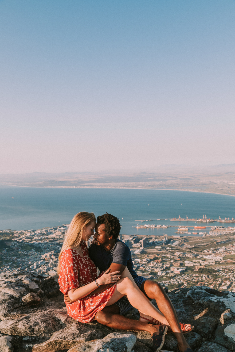table mountain couples photo shoot-20.jpg