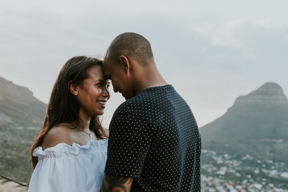 engagement shoot table mountain-18.jpg