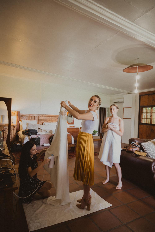 Modern Rustic Farm Wedding - Bianca Asher-16.jpg
