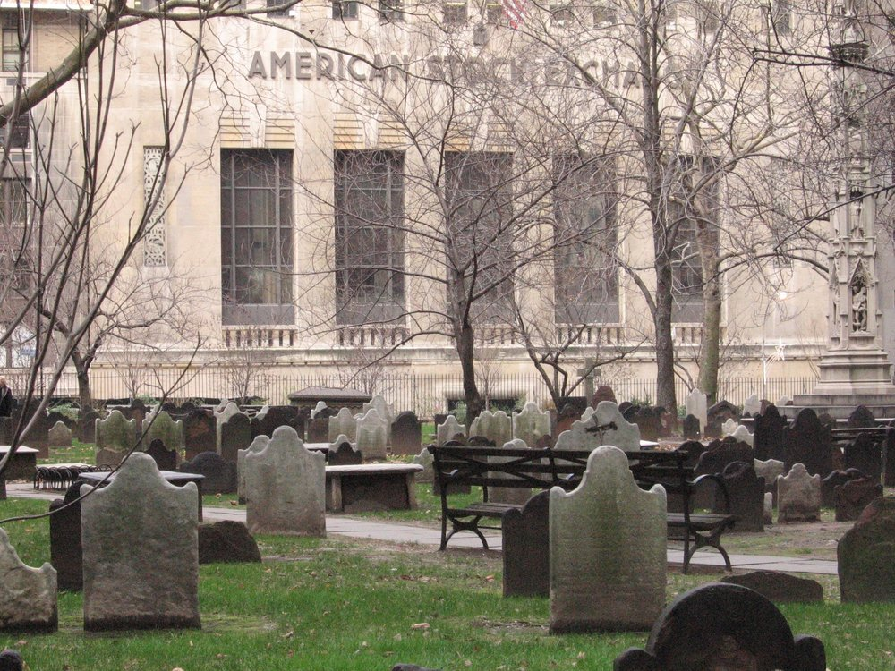 cemetery-495843.jpg