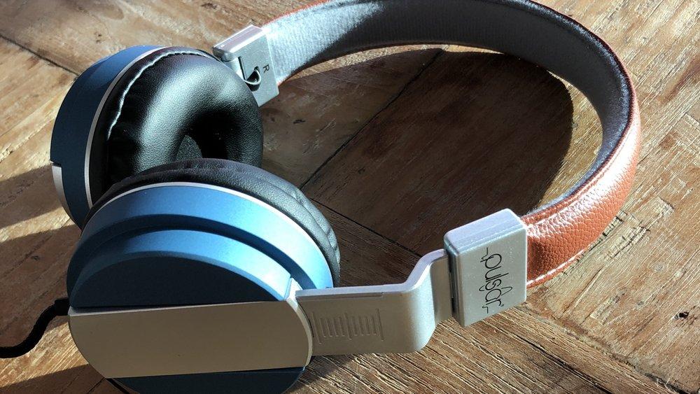 181007 Action headphone 7.95.jpg