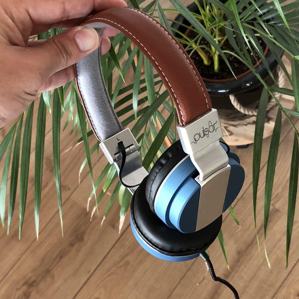 181007 Action headphone Pulsar.jpg