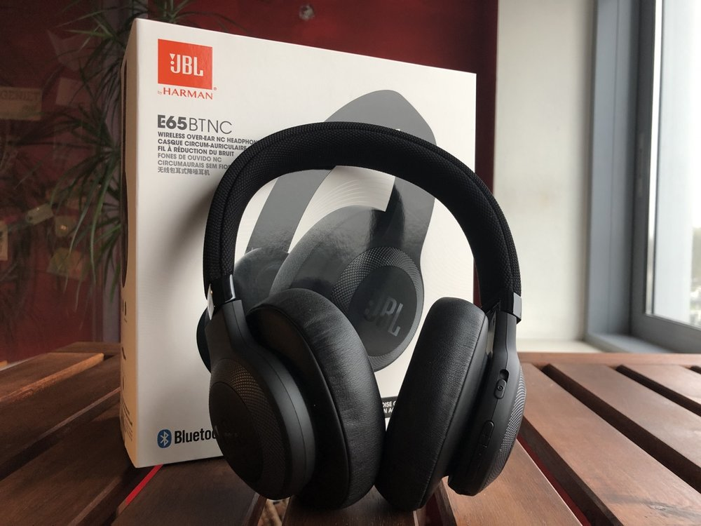 Beste ANC headphones 200 euro JBL E65BTNC.jpg