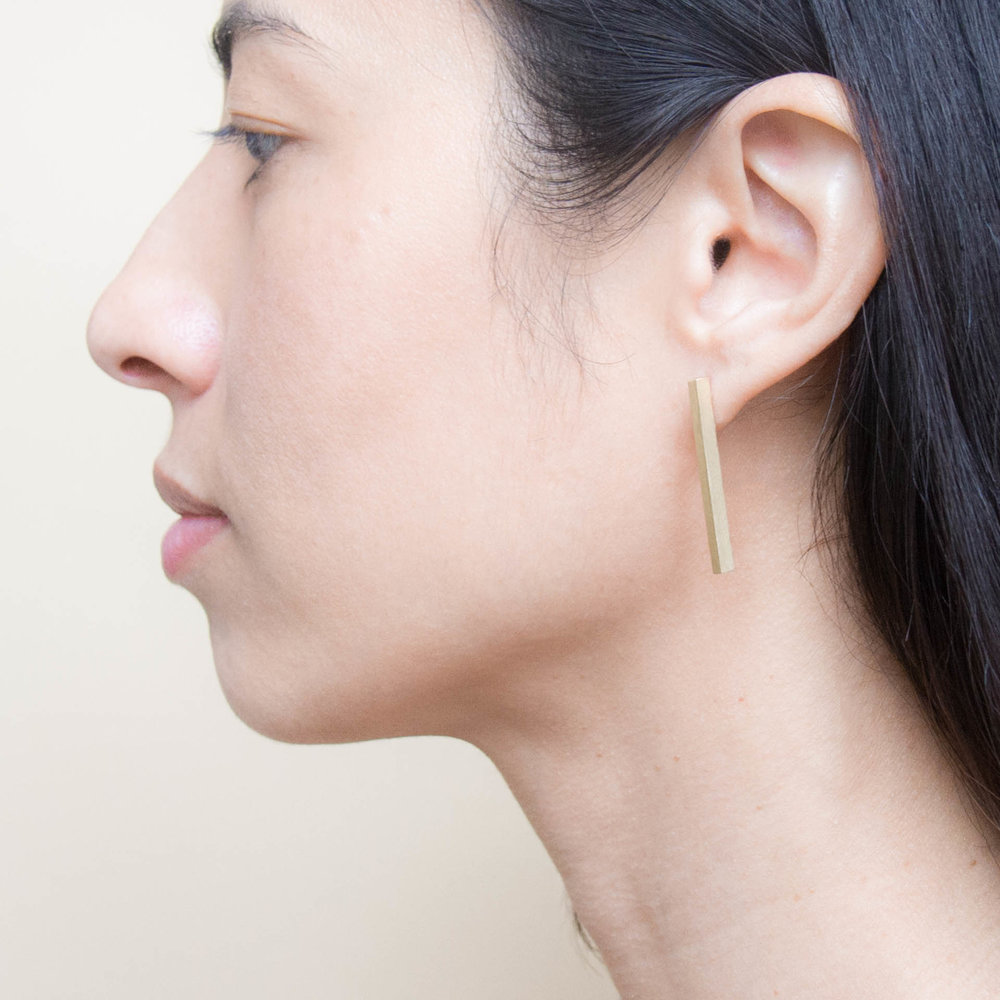 81b7270280ff9 Long Earring Thick, 18K Yellow Gold