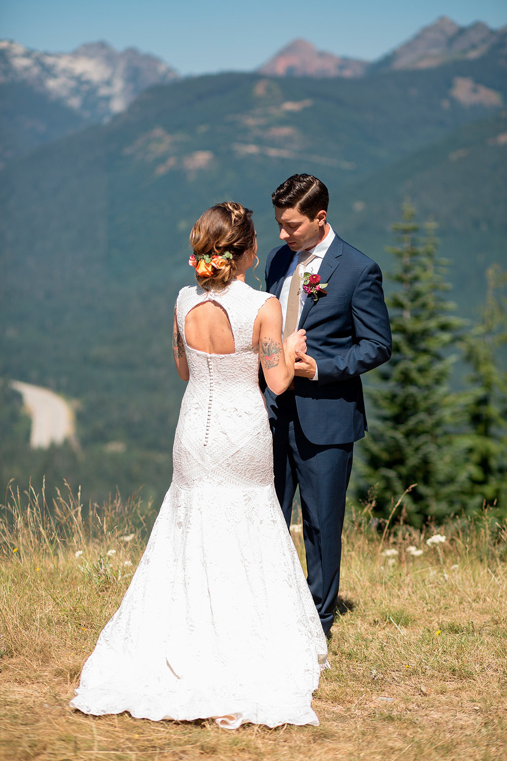 PNW Wedding and Elopement Photographer Seattle