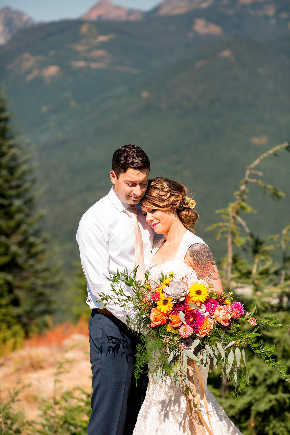 Seattle Mountain Wedding Photographer  156.jpg