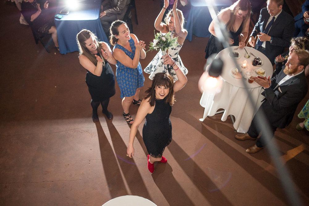 sole repair wedding photos -24.jpg