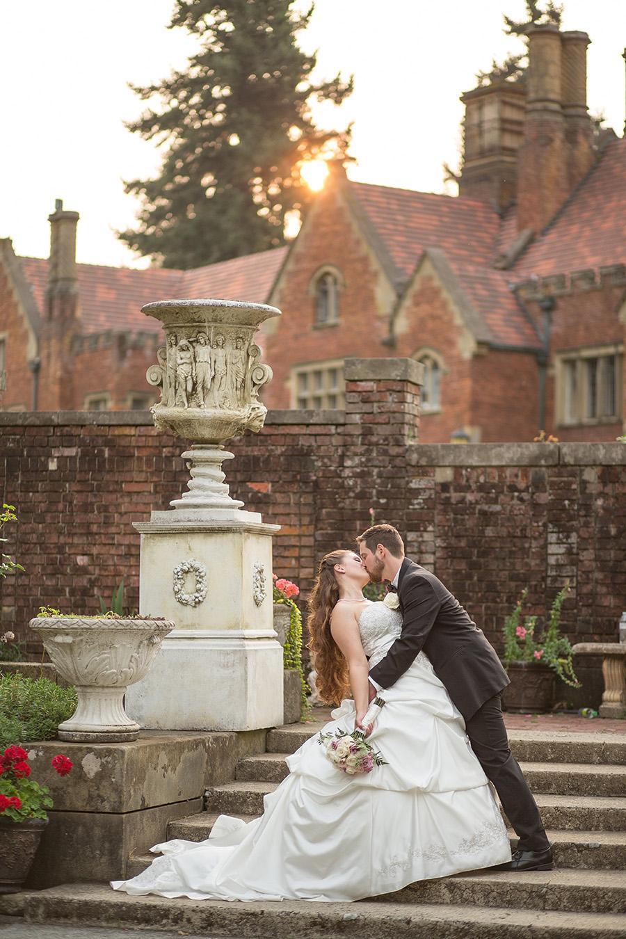 Romantic Garden Wedding At Thornewood Castle Tacoma Seattle Photography