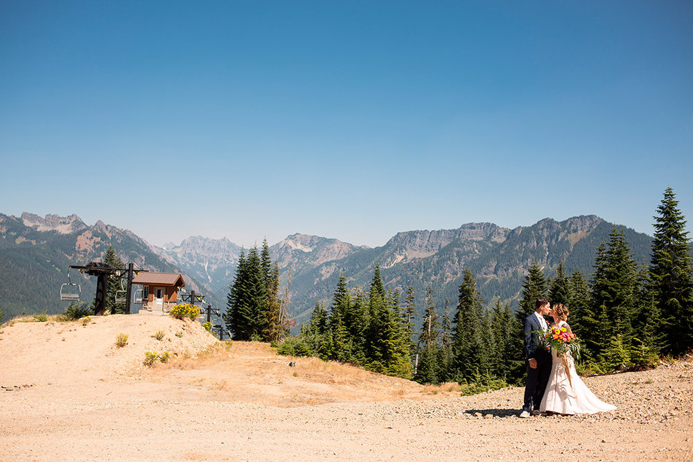 Silver Fir Lodge Snoqualmie Pass Seattle Wedding Photography