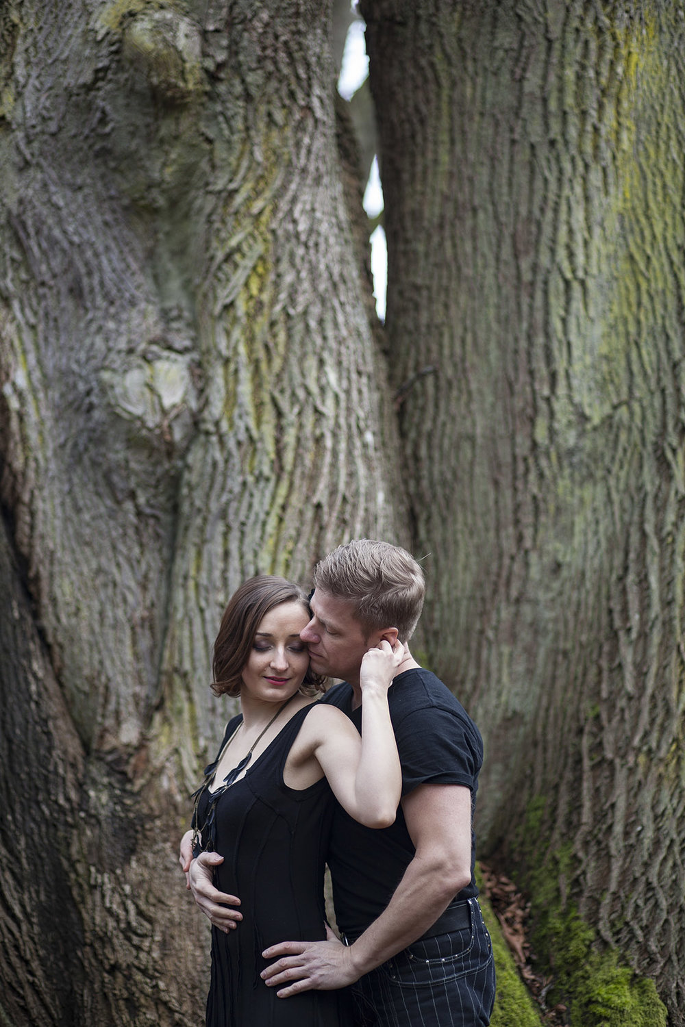 Discovery Park Seattle Engagement Photos Entwined Weddings