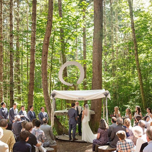 A beautiful wedding ceremony in the woods under the chuppa. . . . #woodyweddings #jewishwedding #seattlephotographer #seattlebride #seattleweddingphotographer #pnw #rainier #mtrainiernationalpark #pnwphotographer