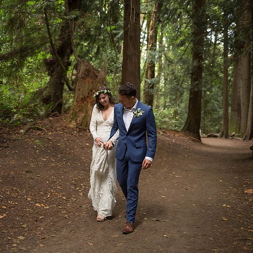 The happiest you'll ever be walking through the woods with bae is in a stunning wedding dress. . . . #seattlephotographer #lordhillfarms #snohomishwedding #seattleweddingphotographers #weddingphotography #oncewed #gws #greenweddingshoes