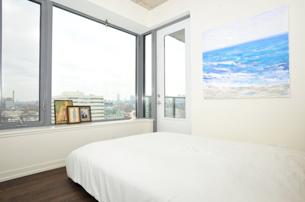 Copy of Furnished Apartment King West Bedroom