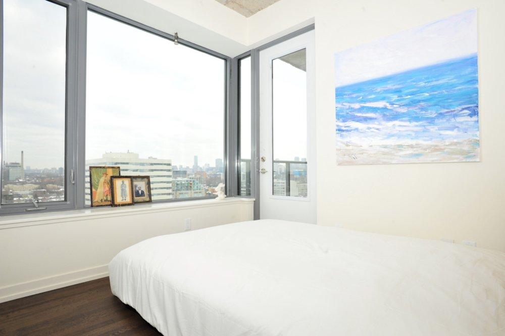 Furnished Apartment King West Bedroom