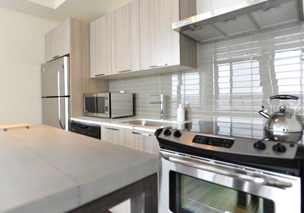 Furnished Apartment King St - Modern Kitchen