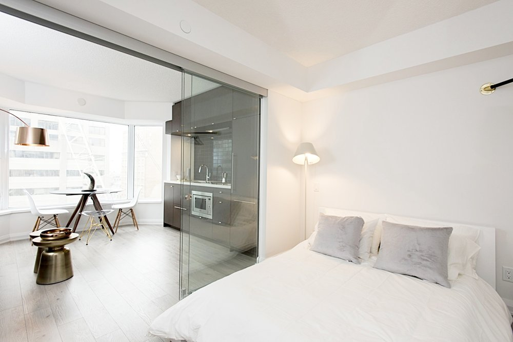Yorkville Furnished Apartment - Bedroom