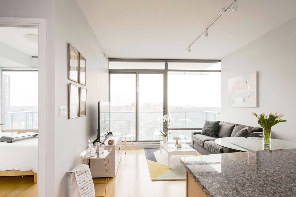 Stunning Yorkville Condo - Living Room