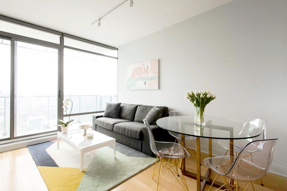 Stunning Yorkville Furnished Condo - Sofa