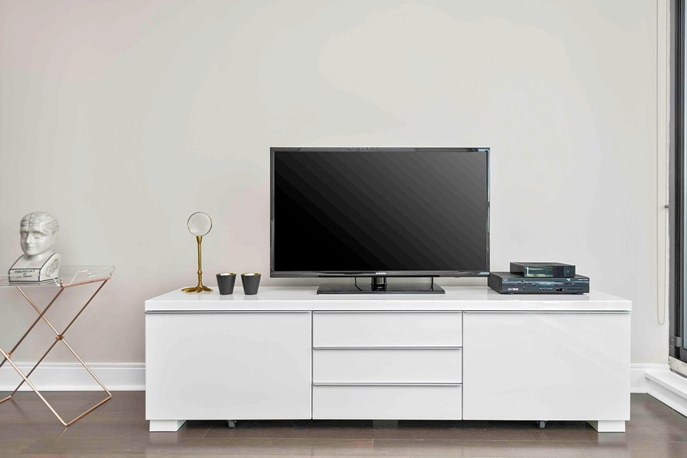 Copy of Copy of Copy of Copy of Yorkville Luxury Furnished Suite - HD TV, Unlimited WIFI