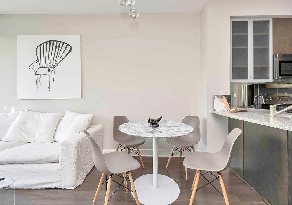 short term rentals Toronto Yorkville living room bedroom dining room