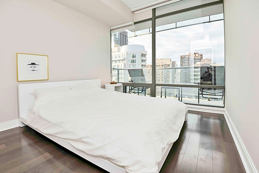 Furnished Apartments Toronto Modern Bedroom