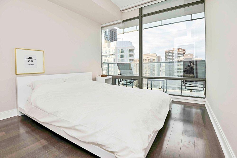 Furnished Apartments Toronto Modern Bedroom