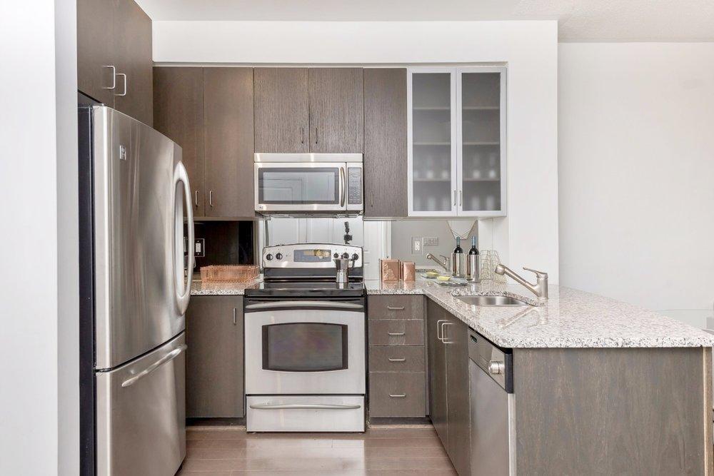 Yorkville Grand Condo - Kitchen, Modern Appliances