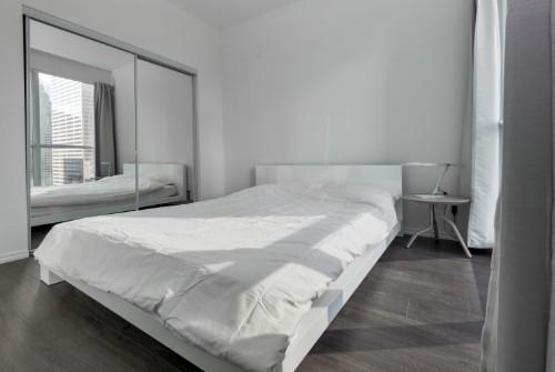 Adelaide Suite Bedroom.jpg
