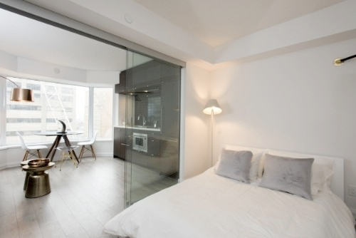 Yorkville Furnished Suite bedroom.jpg