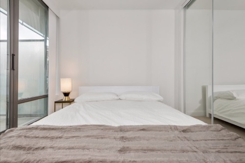 Copy of Copy of furnished apartments toronto short term bedroom