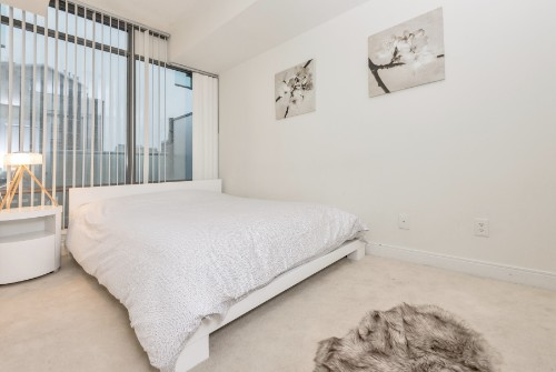 Copy of Copy of short term furnished rentals toronto Yorkville bedroom