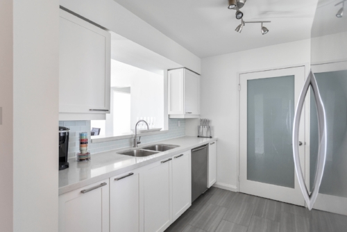 Copy of short term condo rentals toronto kitchen