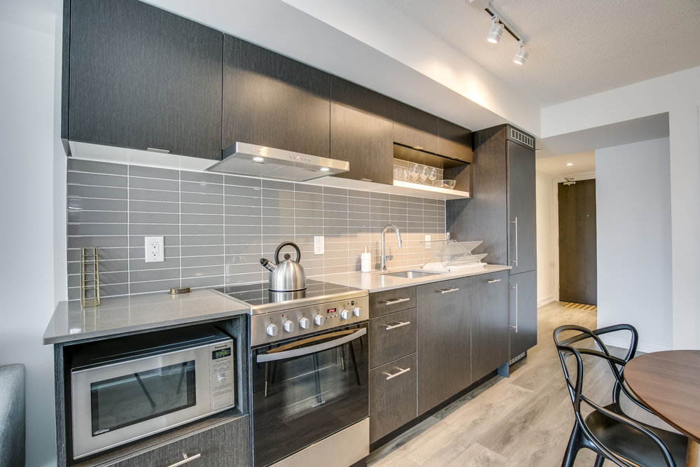 Copy of short term furnished rentals toronto yorkville kitchen