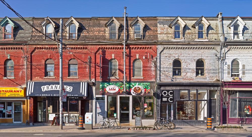 Queen St Toronto