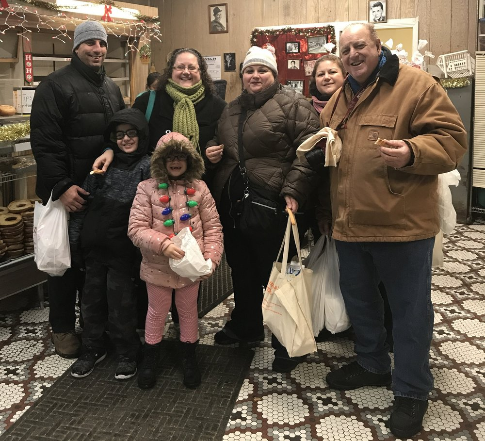 Family food tour Arthur Avenue Bronx