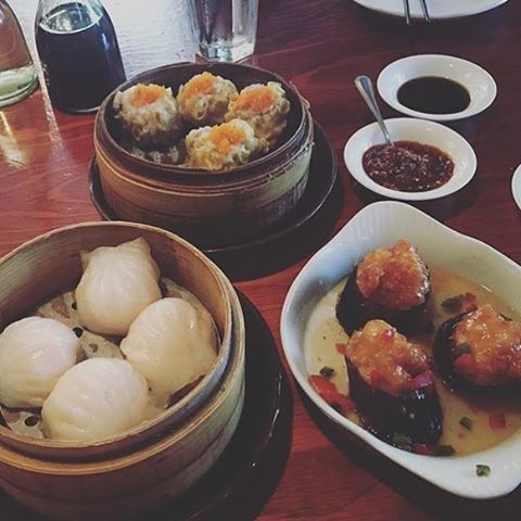 It's Saturday #treatyoself to some #dimsum! Clockwise: pork and shrimp #shumai, shrimp stuffed #eggplant, and #crystal shrimp #dumplings. Regram and thanks @kwonhr #bao #dumplings #asianfood #chinesefood #baodimsumrestaurant #baodimsum