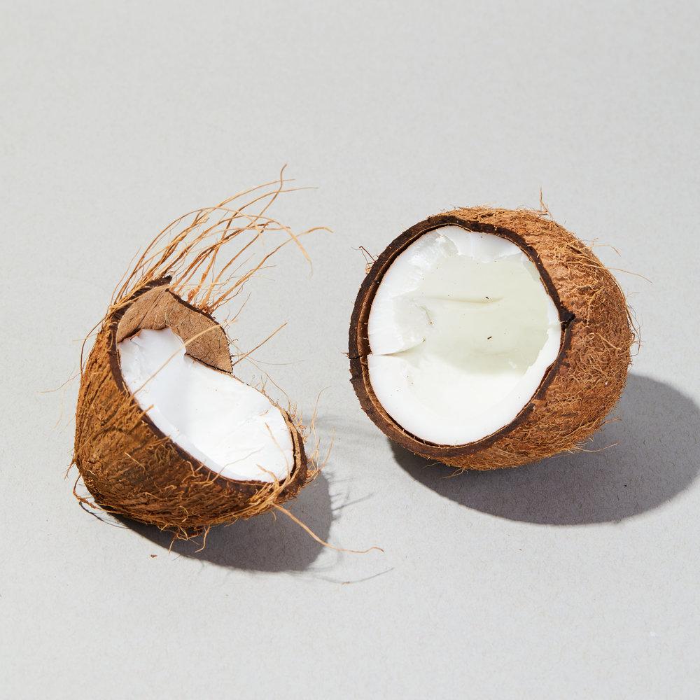 MK_Mixers_Ingredients_Coconuts_006.jpg