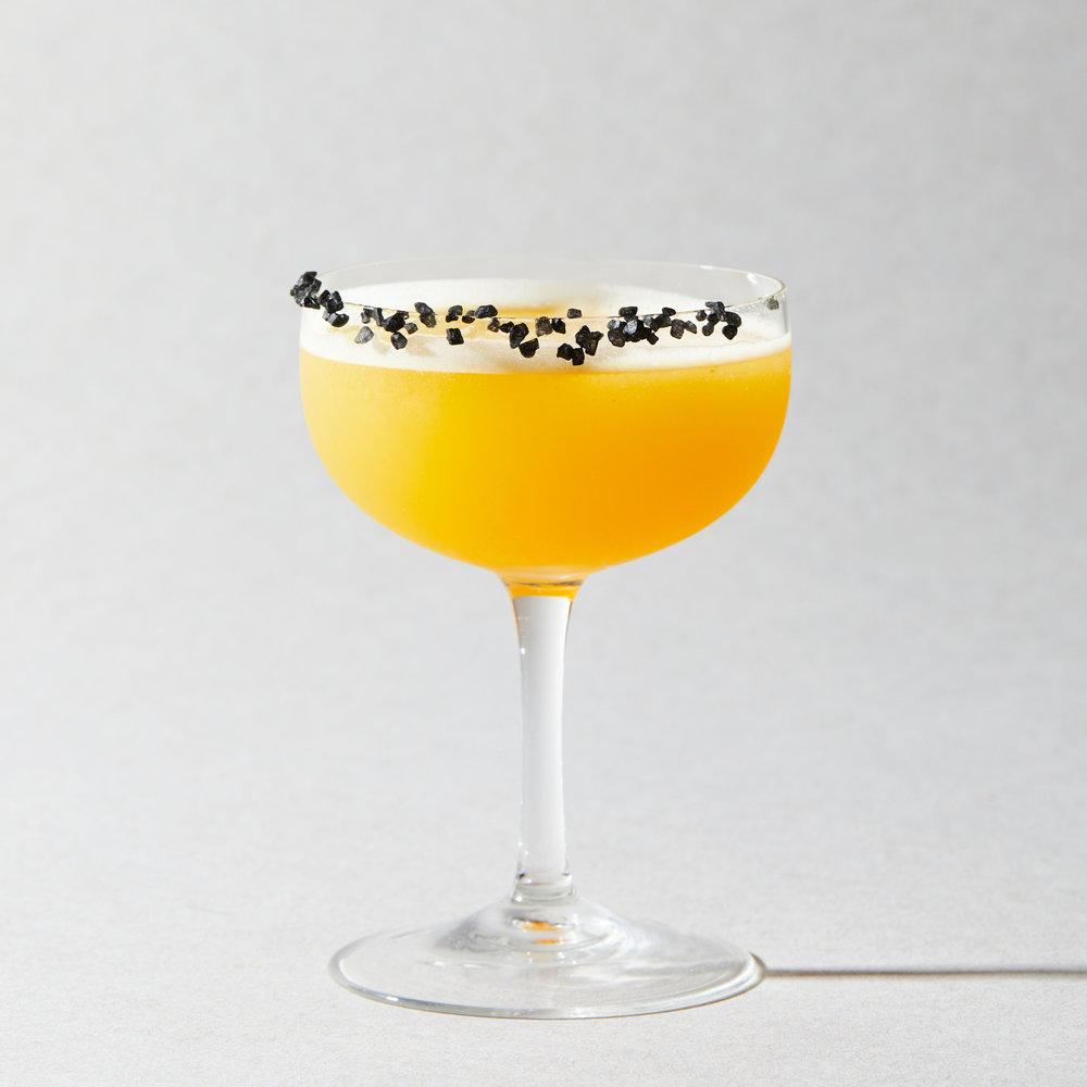01_MK_Mixers_Cocktails_Grapefruit_Margarita_001.jpg
