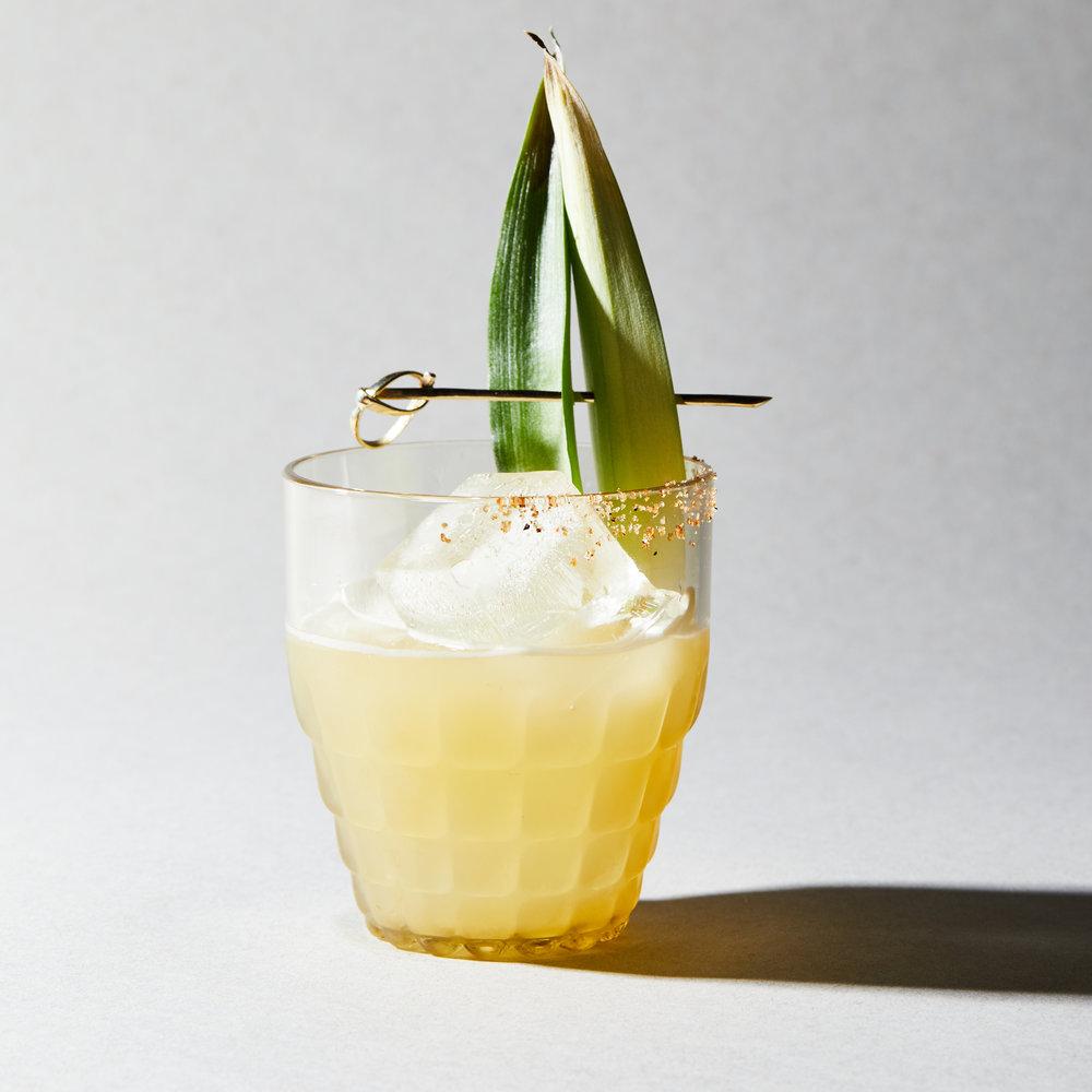 09_Mixers_Cocktails_Pineapple_Margarita_002.jpg