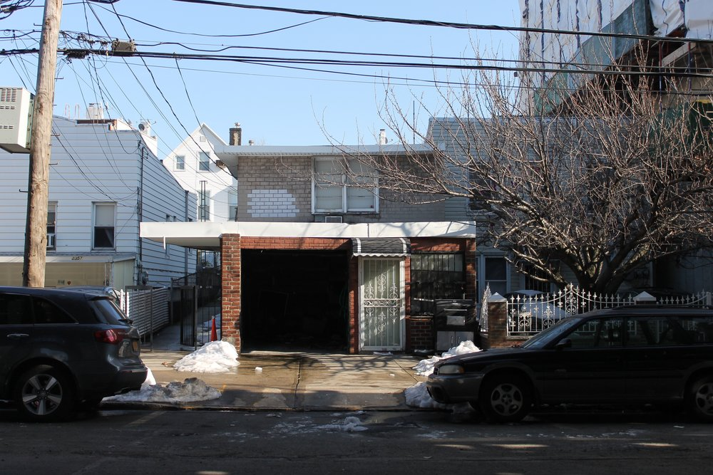 23-61 31st Street - Existing Building.jpg