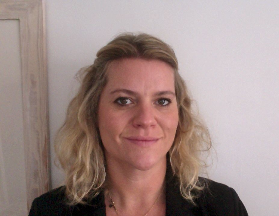 Sophie Mayes - CBT - Online Therapist