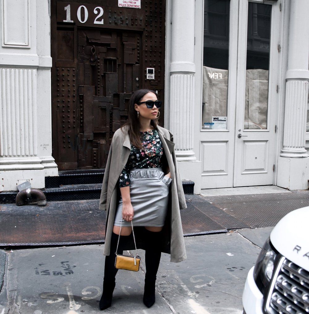 LOCATION SOHO: FLORAL TOP AND HOUNDSTOOTH MINI SKIRT